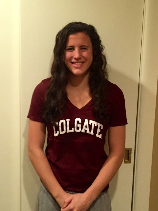 Breaststroker Lauren deTorres Verbally Commits to Colgate