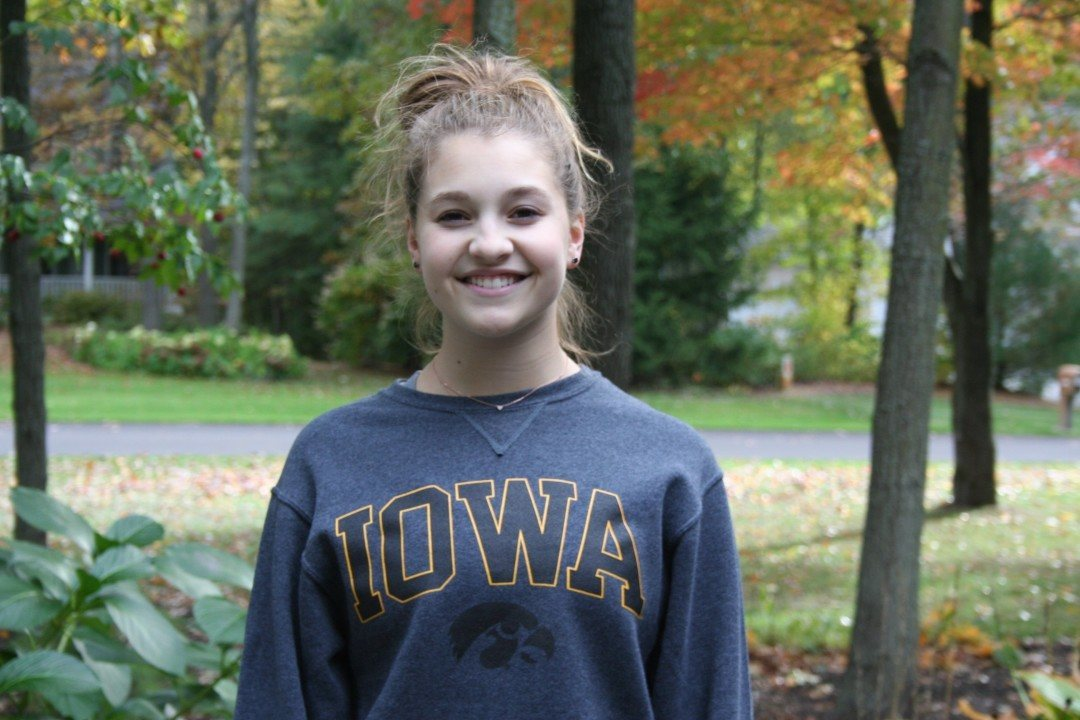 Diver Olivia Dopkiss Verbally Commits to Iowa Hawkeyes