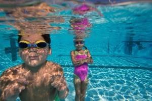 Sechs Tipps, die Schwimmer-Eltern beherzigen sollten
