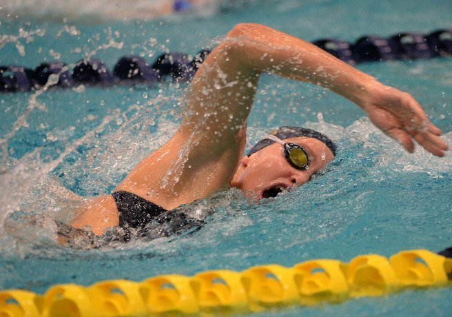Navy Dominates Double Dual Meet at Home