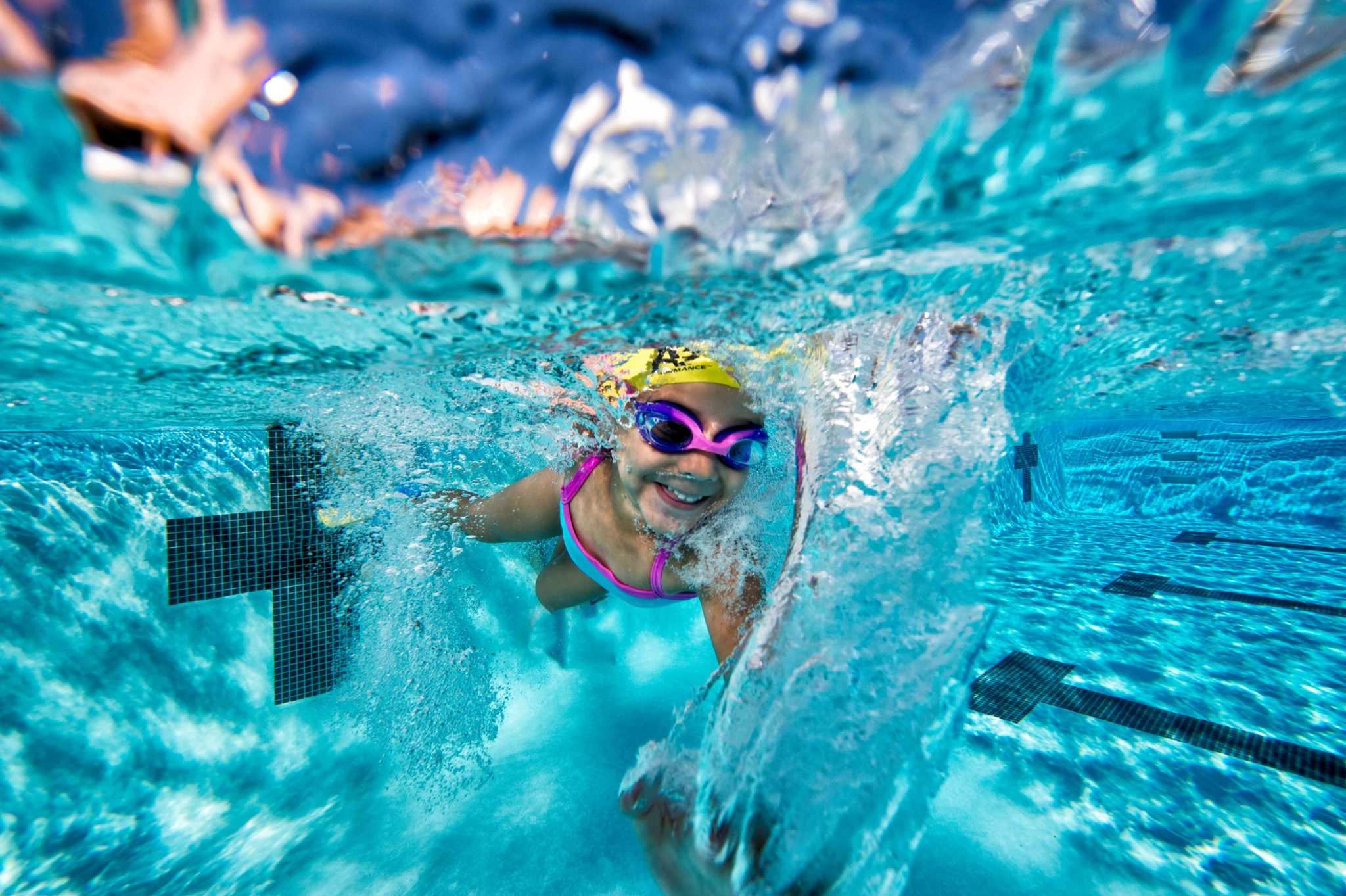 When Should Kids Start Swim Lessons? - Verywell Family
