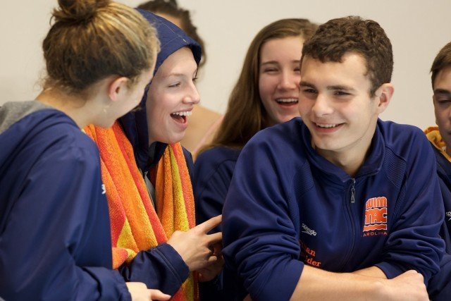 SwimMAC swimmers having fun, courtesy of Domeyko Photography