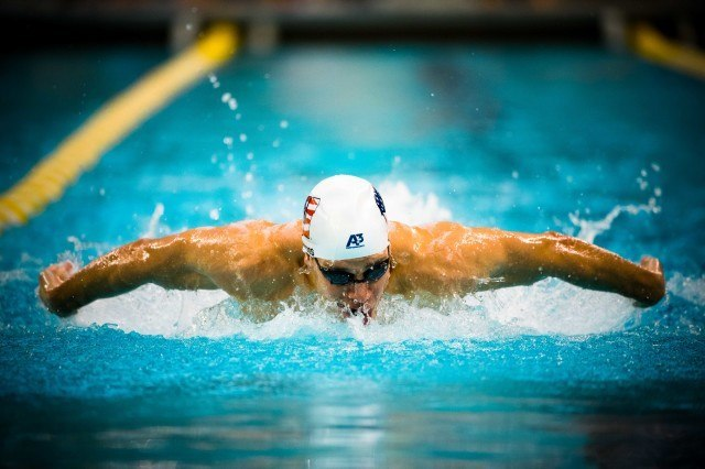 Michael Weiss in the 200IM prelims (photo: Mike Lewis)