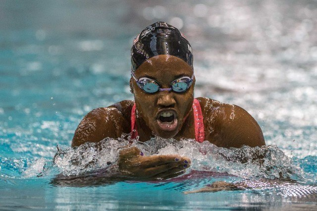 Simone Manuel in the prelims of the 200IM (photo: Mike Lewis)