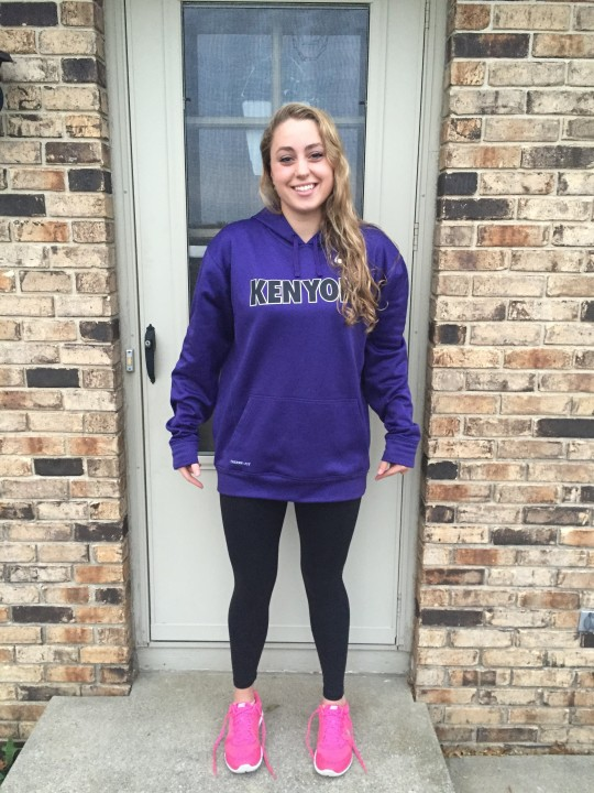 Indiana Freestyler Zoe Toscos Commits to Kenyon