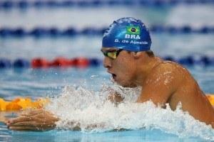 Brandonn Almeida Posts 4:14 400 IM, 4th Fastest In The World This Year