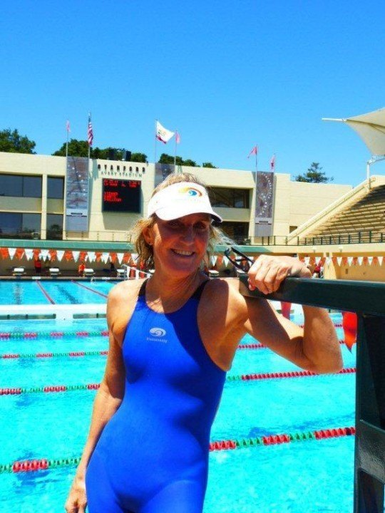 Laura Val Does It Again, Breaks 4 Masters Age Group WRs In One Swim