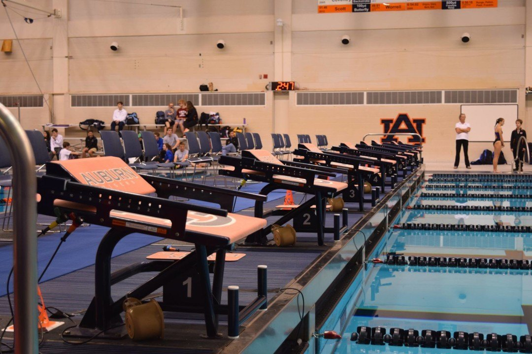 Auburn Men, Wisconsin Women Top Tri-Meet On The Plains