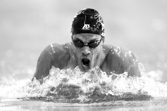Michael Weiss swims prelims of the 200 IM at the pro swim series stop in Austin Texas (photo: Mike Lewis)
