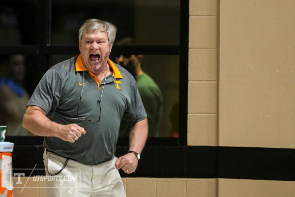 Diving Coach, Dave Parrington, courtesy of Craig Bisacre/Tennessee Athletics