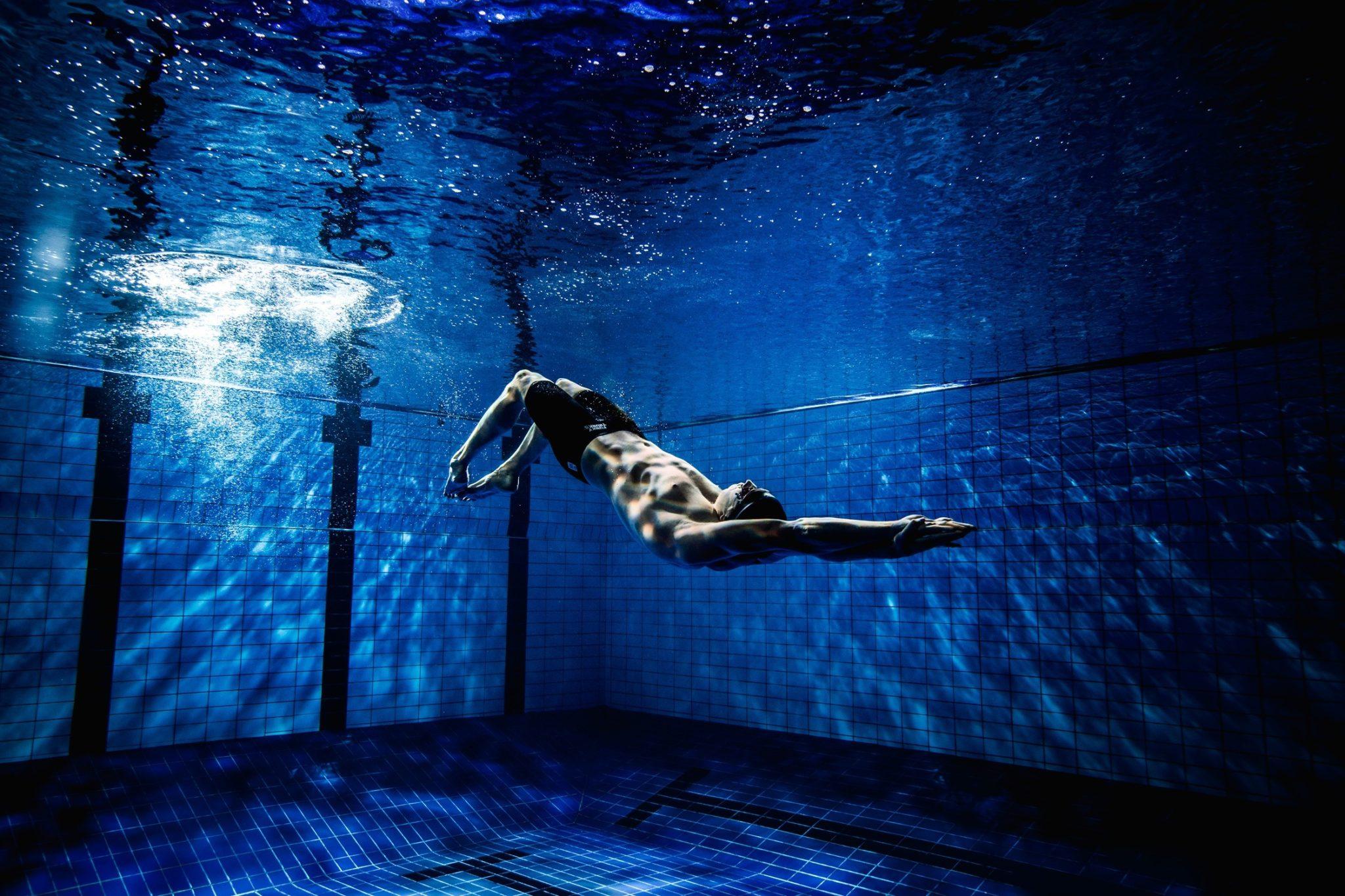 4 Creative Kicking Sets To Pump Up Leg Strength Electric Circuit Wallpaper Green