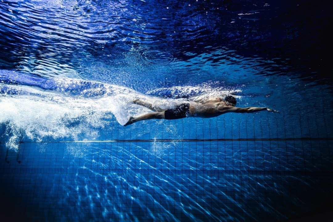 10 Tips for Swimming Alone