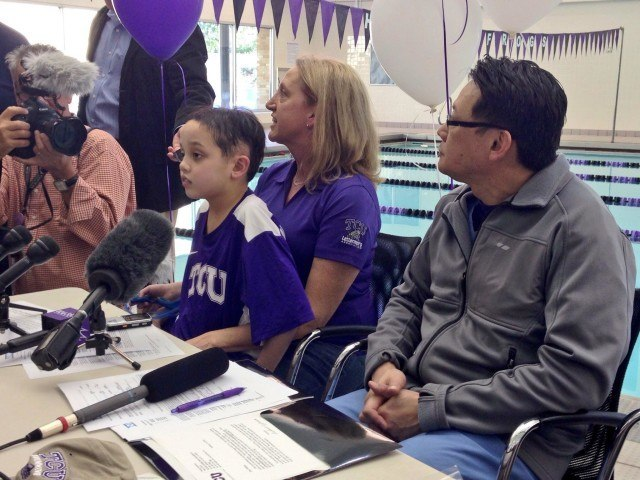 Nathan Lin signing ceremony tcu