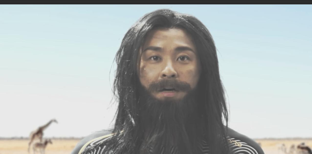 Kosuke Kitajima Runs The World (Video)
