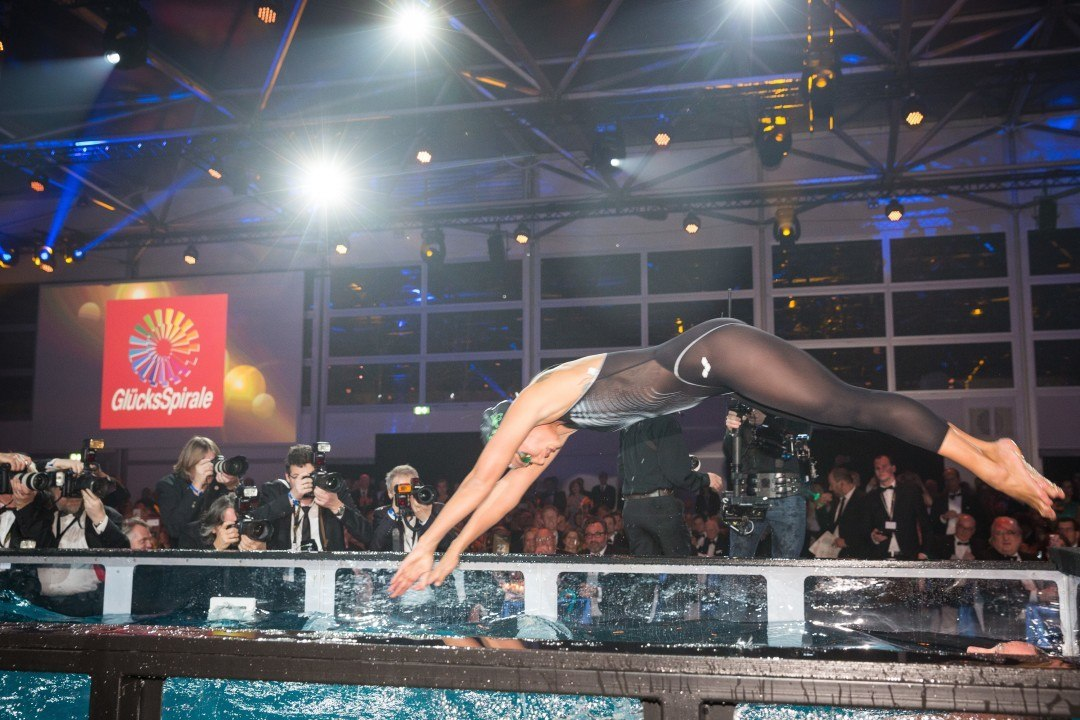 Swim legends Gross, van Almsick swam a relay at German Ball of Sports