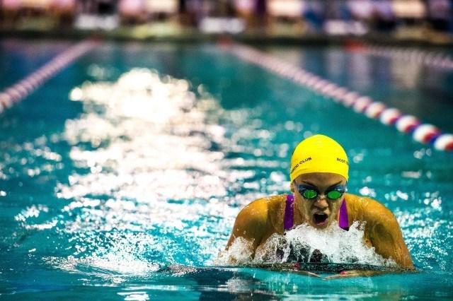 Natalia Jaspeado of Scottsdale Aquatic Club in the prelims of the 200 IM at the Orlando Pro Swim Series stop (photo: Mike Lewis)