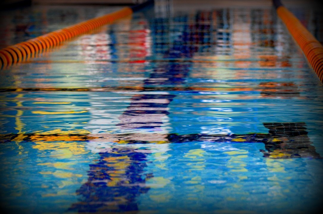 McKeown Sets New 200 Backstroke Age Group Record in Adelaide