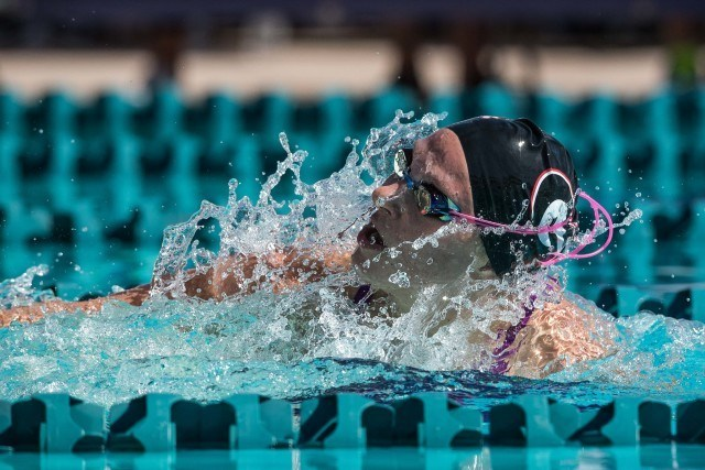 Melanie Margalis in the prelims of the 200 IM in Mesa, Arizona (photo: Mike Lewis)