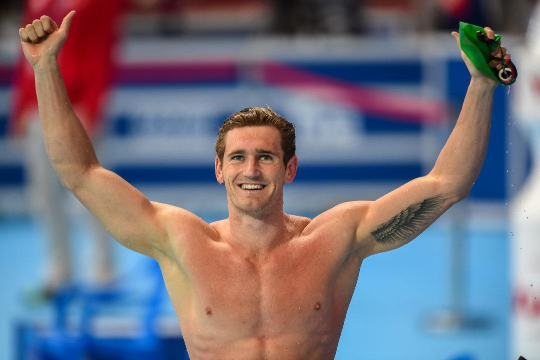 Cameron van der Burgh Breaks Championship Record, Wins 100 Breast Gold