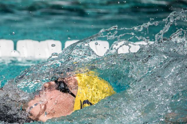 Caitlin Leverenz in the prelims of the 400 IM at the Arena Pro Swim stop in Santa Clara (photo: Mike Lewis)