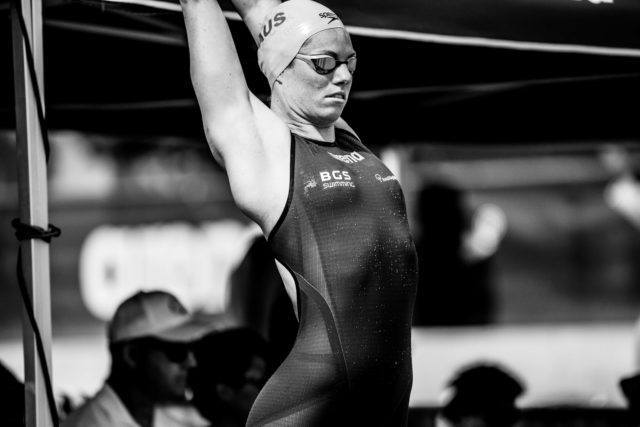 Emily Seebohm 100 backstroke in Santa Clara Pro Swim Series (photo: Mike Lewis)