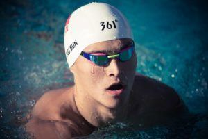 Sun Yang warms up at the Pro Swim in Santa Clara (photo: Mike Lewis)