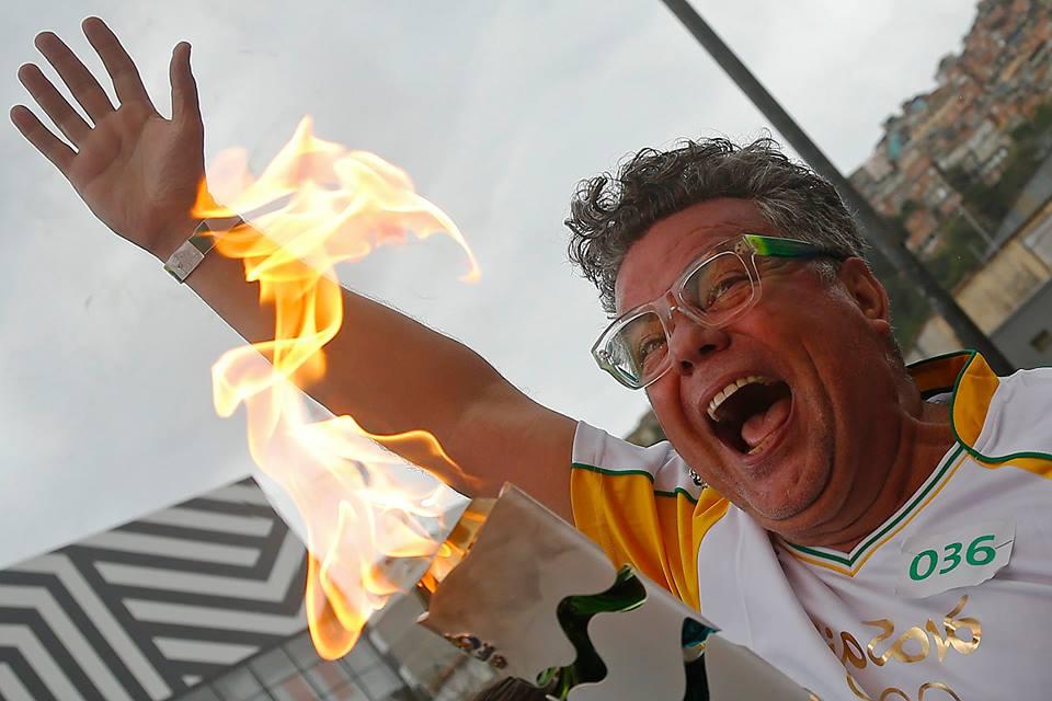 Rio Torch Relay Day 93: Torch Passes Through Rio de Janeiro