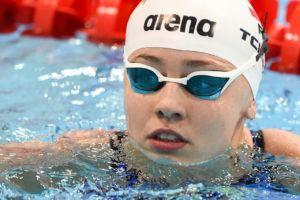 Alicja Tchorz derriba su récord polaco en 100 espalda