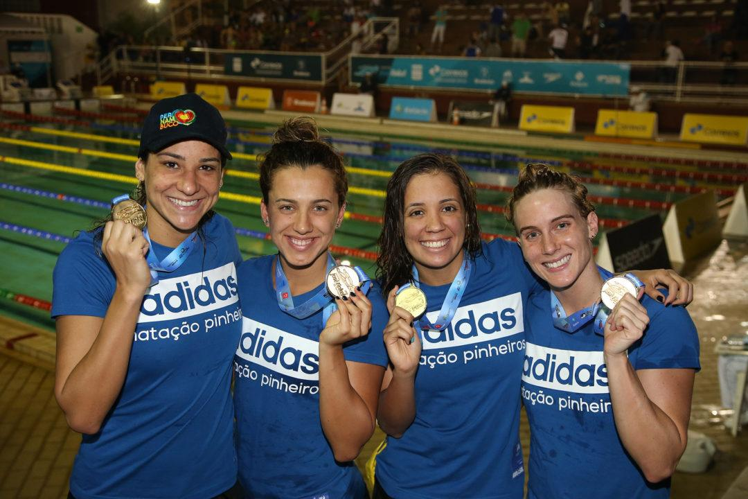 Pinheiros Women's 4 x 200 Freestyle Relay Sets South American Record