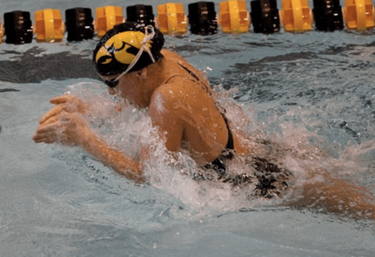 Iowa Men and Women Sweep Events Against Western Illinois