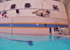 Regardez : 12 façons d'entrer dans la piscine – laquelle est la tienne ?