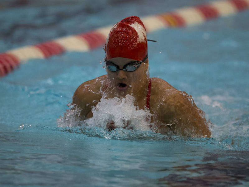 Nebraska's Jordan Ehly Drops 3 Seconds at Lincoln Sectionals