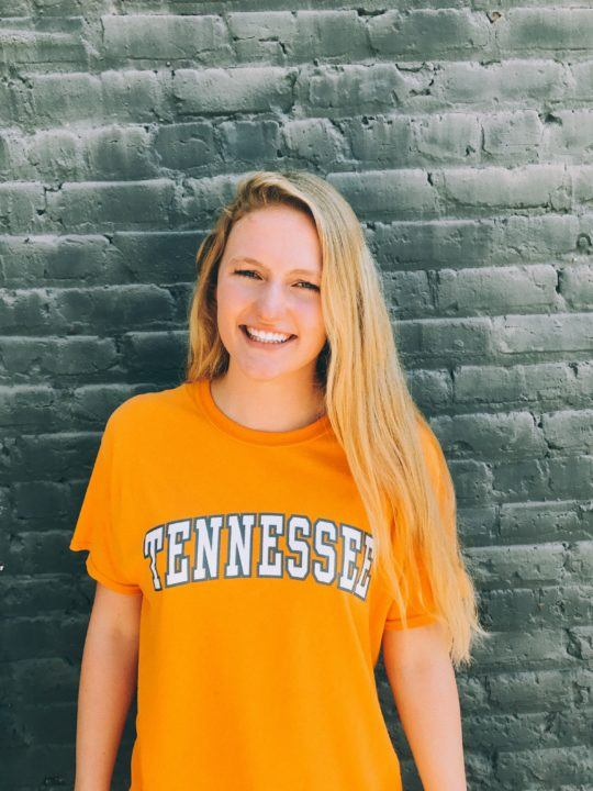 SwimMAC Backstroker Sinclair Larson Gives Verbal to Tennessee