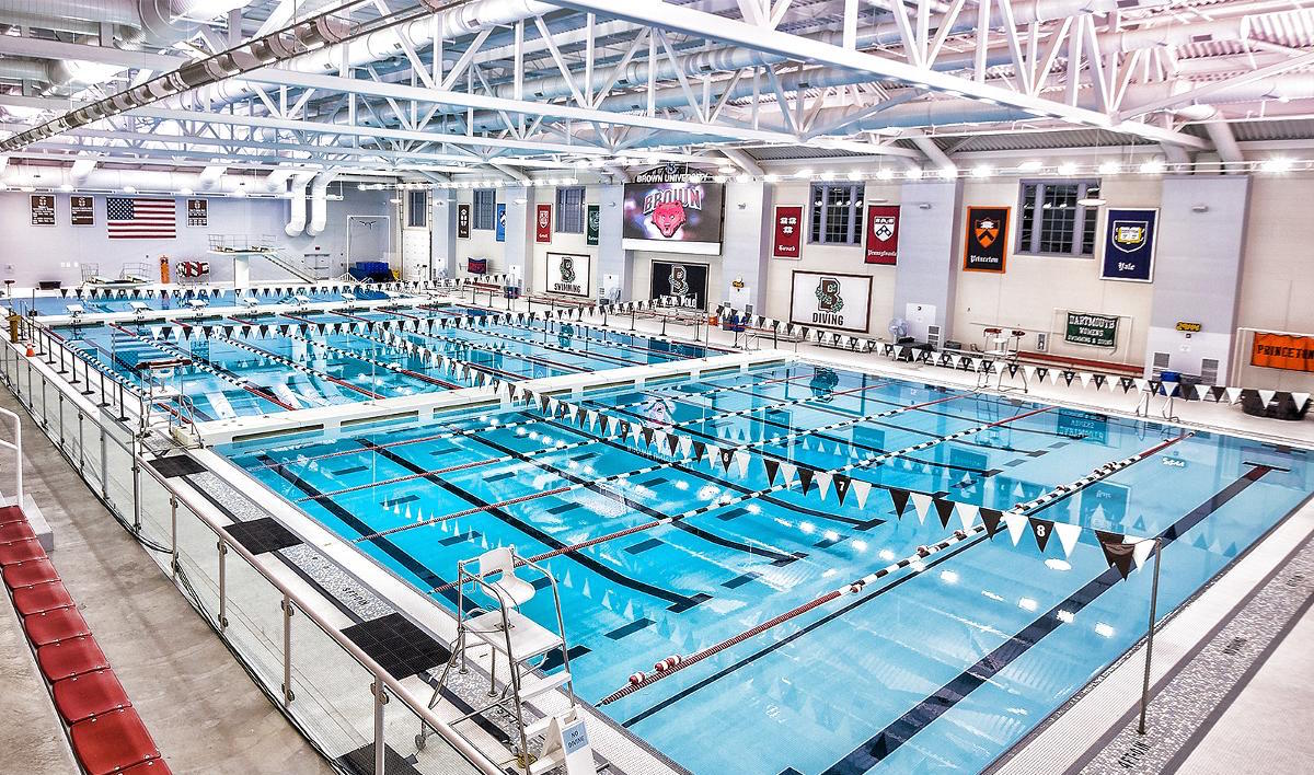 Brown Swim & Dive Brings In 10 For 2017 Season