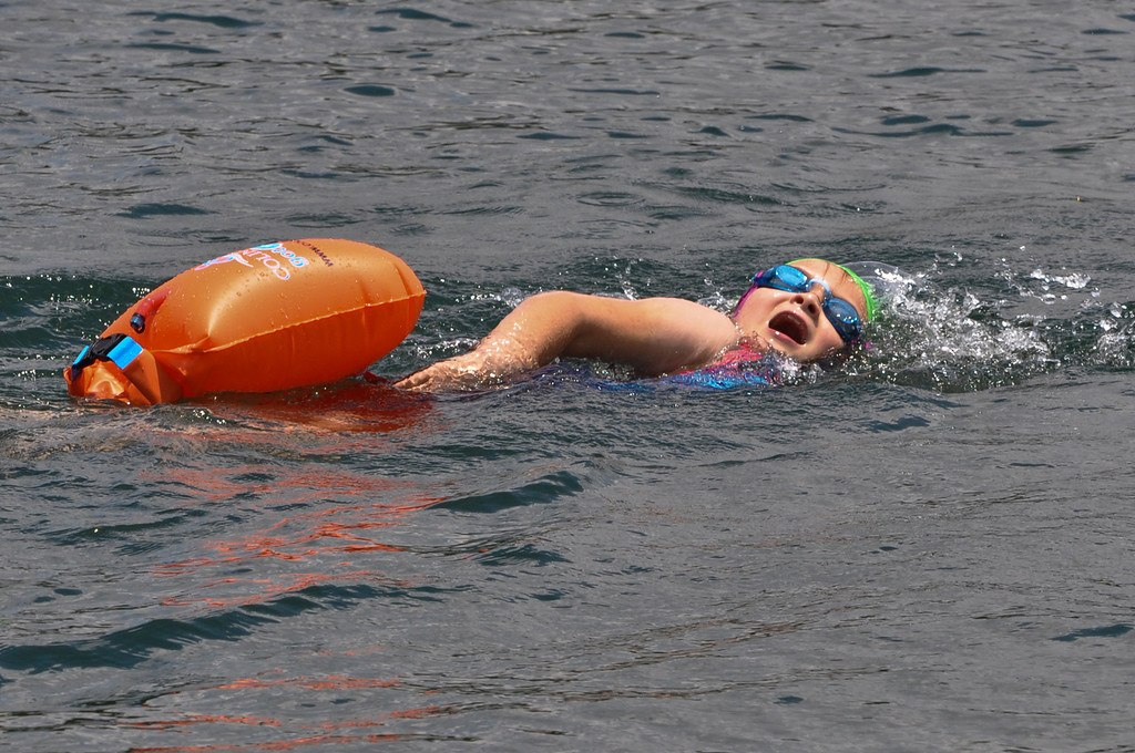 Open Water Planet: Triton Southern Cross I Mile Champ (Video)
