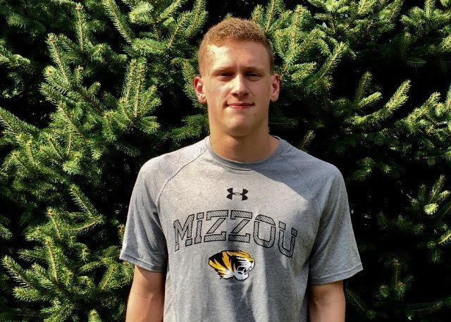 Garrett Clasen Hands Verbal Commitment to Missouri Tigers