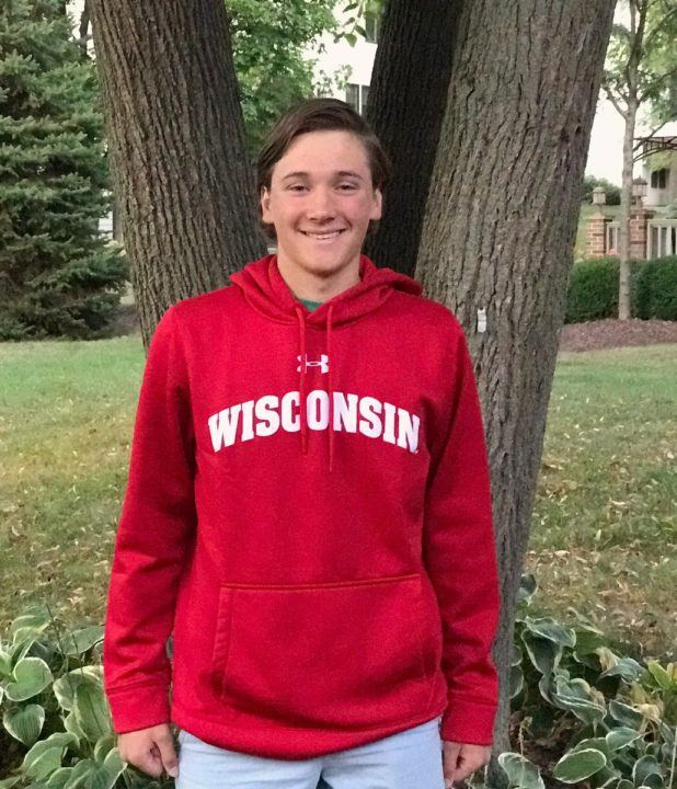 Versatile Frank Niziolek of St. Charles Gives Verbal to Wisconsin