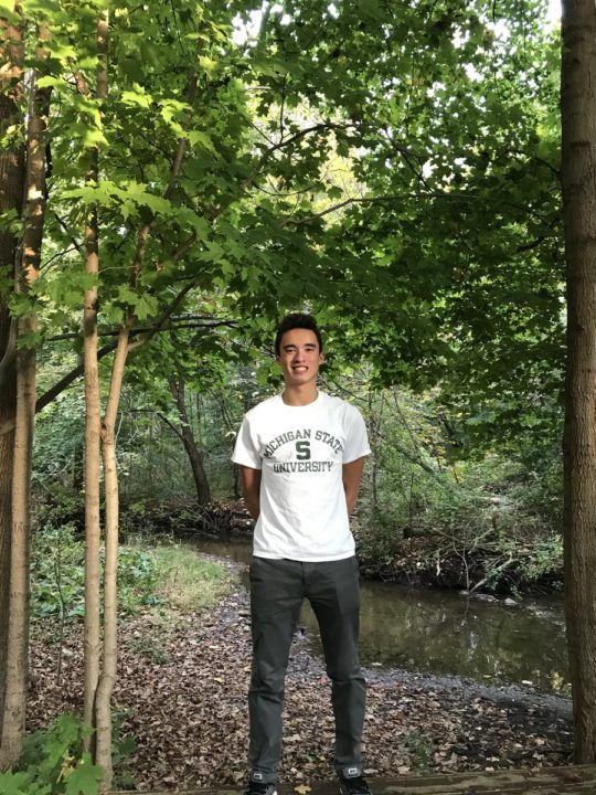 Novi Sturgeons' Jonathan Lee Stays Local, Verbals to Michigan State