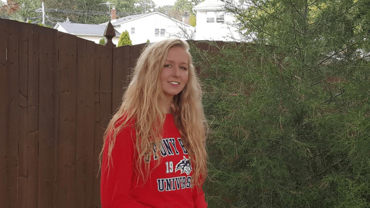 Scarlet Aquatics Distance Swimmer Aubrey Marish Commits to Stony Brook