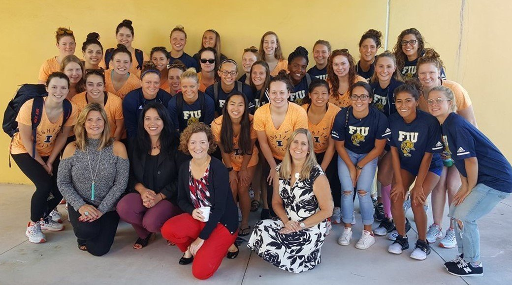 FIU And Illinois Pair For Local Community Service Event