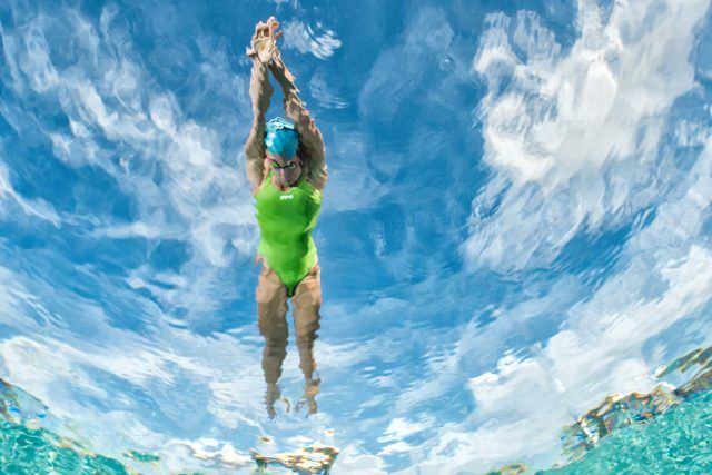 Madisyn Cox underwater swimming photo