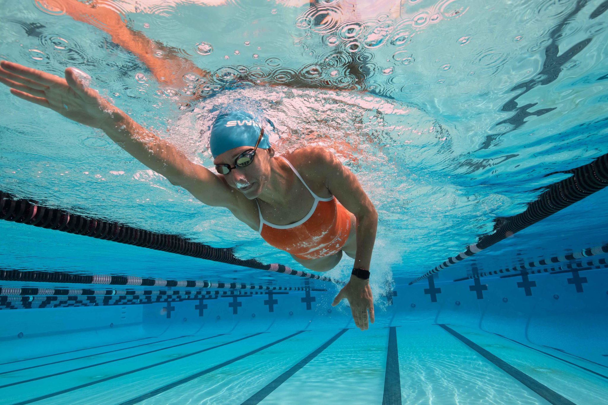 swim com partners with spire to create world s first smart swimsuit