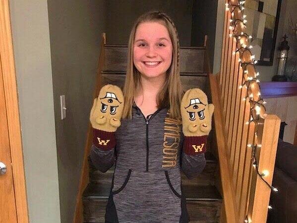 2x MSHSL Champ Emma Lezer Makes Verbal Commitment to Minnesota