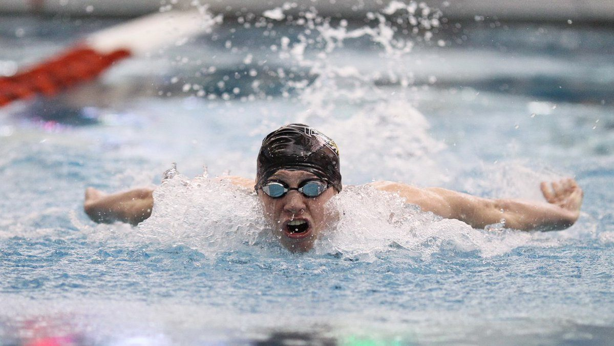 Towson's Jack Saunderson Swims U.S. 5th-Ranked 100 Fly at NBAC
