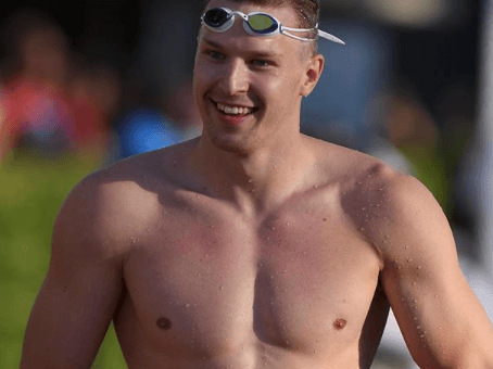 Govorov Continues 50 Fly Siege In Glasgow With 4th Fastest Time Ever