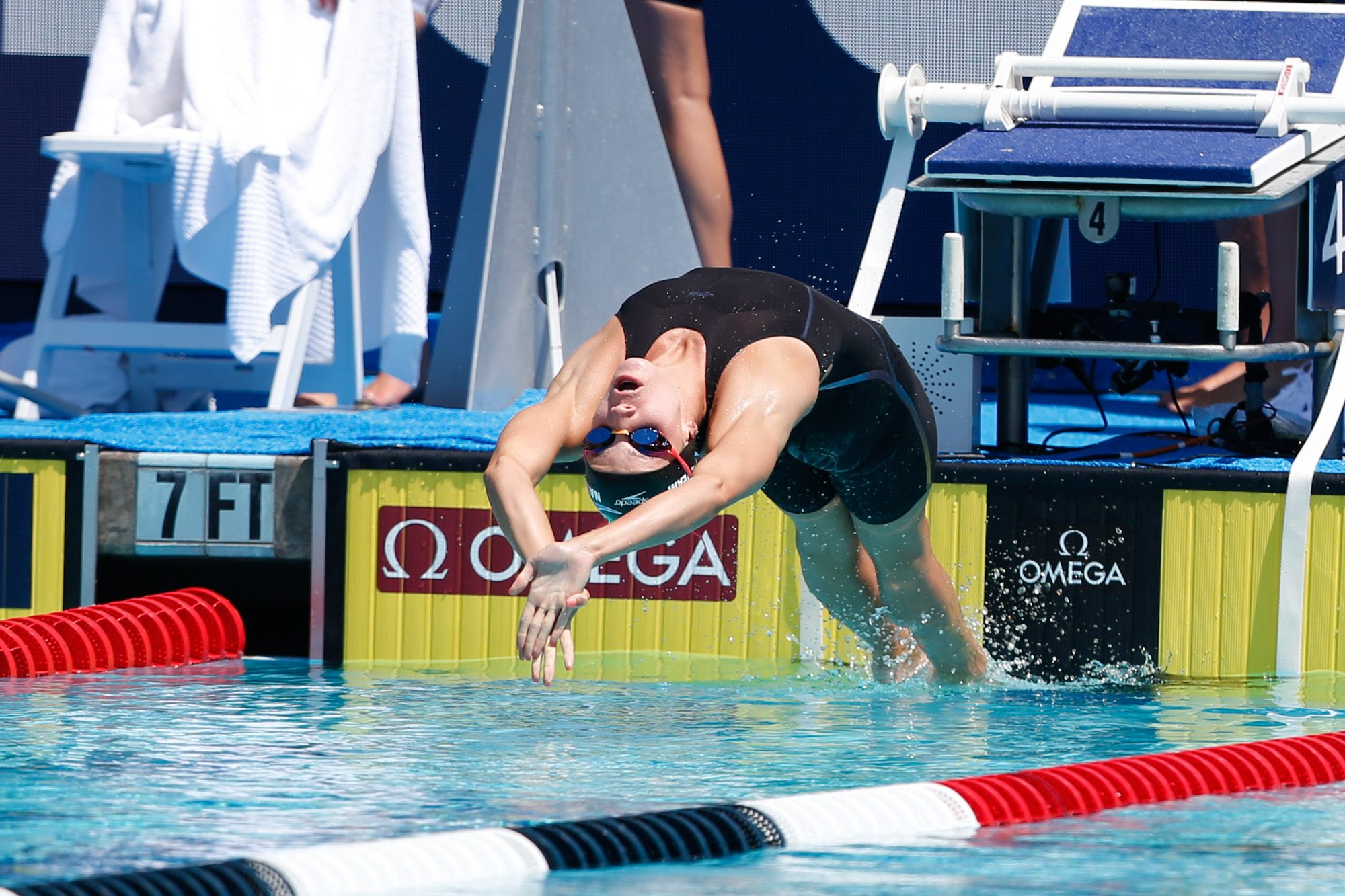 Wwwnudegirl Com Girl Blows College Swimmer