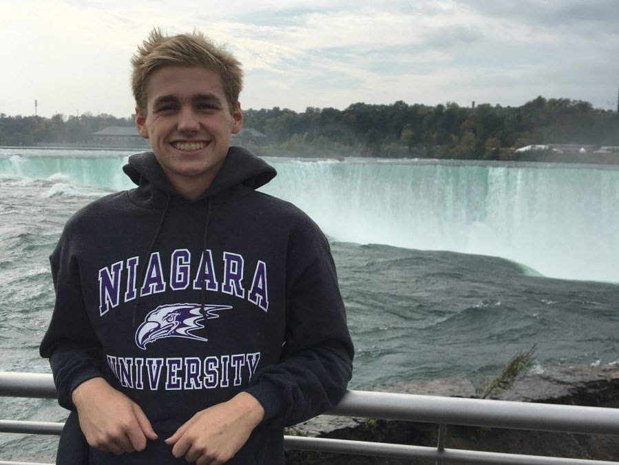 GCY Breaststroker Ben Esposito to Swim for Niagara Purple Eagles