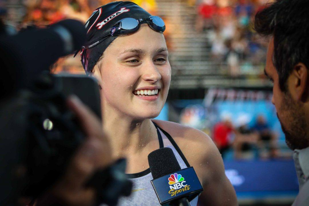 Olivia Smoliga Leads Off Medley Relay In 50 Back American Record