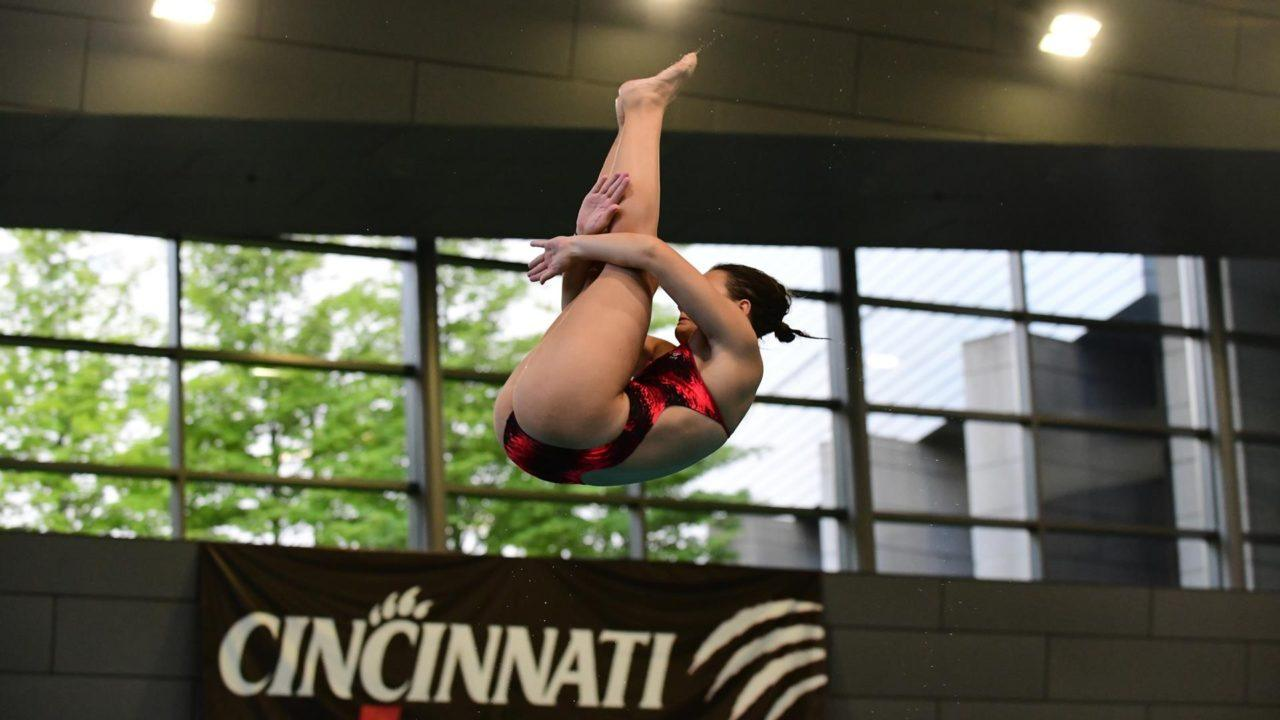 Cincinnati Sweeps AAC Diving Awards; ECU, Houston Earn Swimming Nods