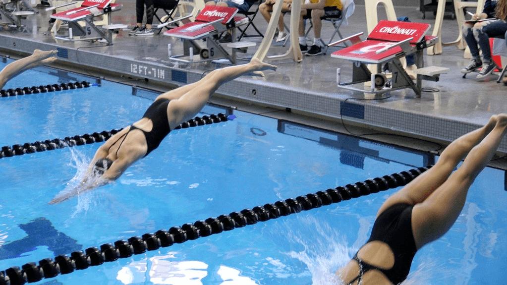 Cincinnati Men, Women Take Titles at IUPUI House of Champions Meet